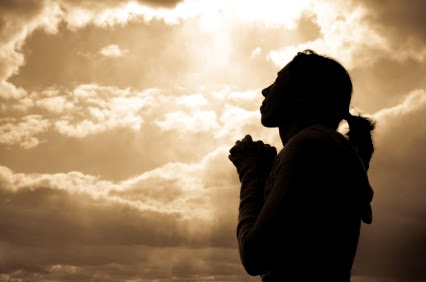 woman-praying-silhoutte1