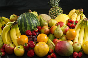 300px-Culinary_fruits_front_view