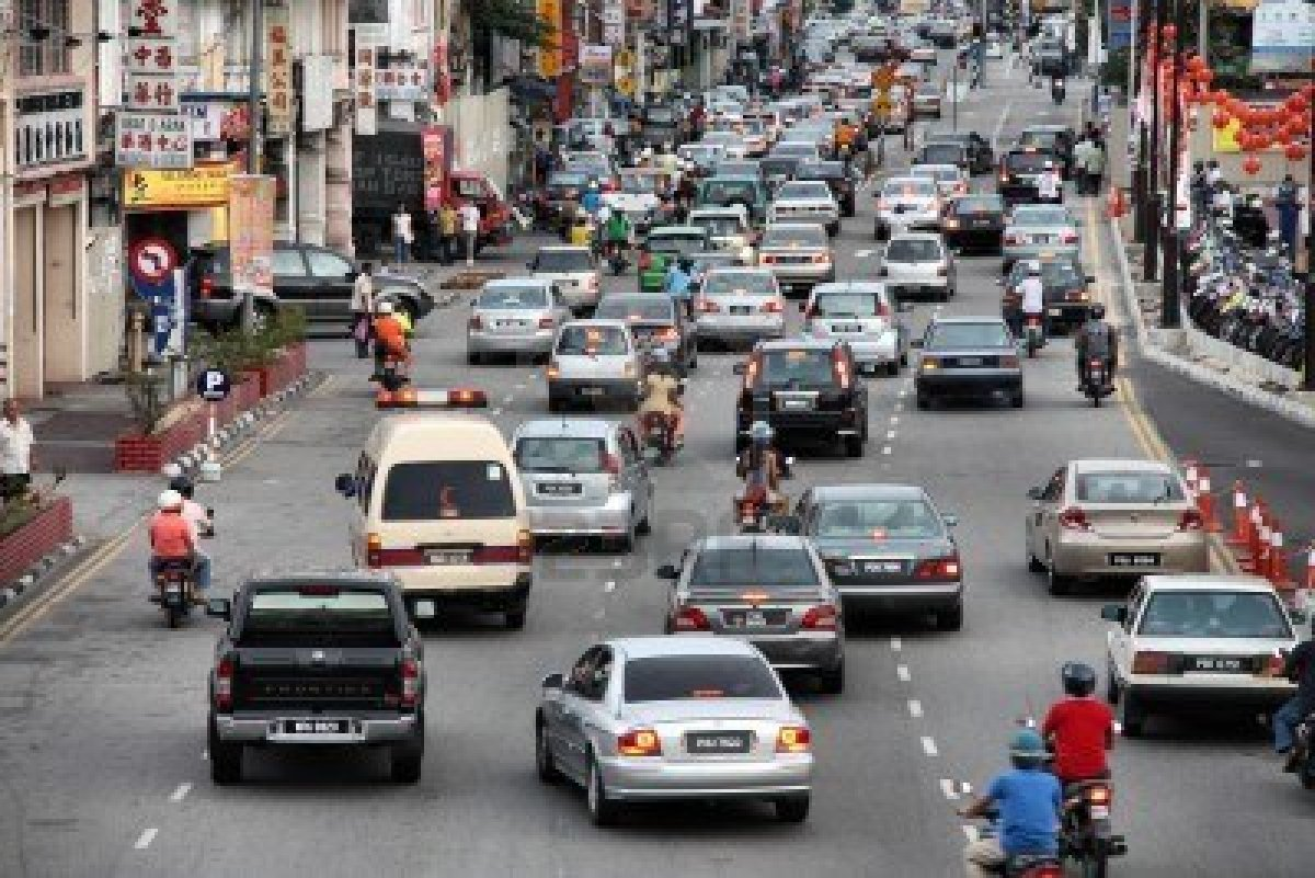 7137721-georgetown-february-1-2009-traffic-jam-in-georgetown-penang-island-malaysia